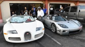 Bugatti Floyd Mayweather Floyd Mayweather Jr Is Selling Two Of His Bugatti