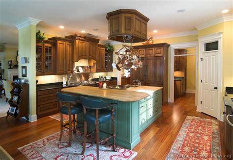 Green Kitchen Islands by Pictures Of Kitchens Traditional Green Kitchen Cabinets