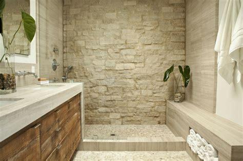 badezimmer ideen steinwand 70 einmalige modelle waschtisch aus holz