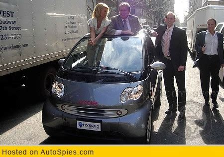George Clooney To Drive Smart Car by George Clooney Gets Paid To Drive Lithium Powered Smart