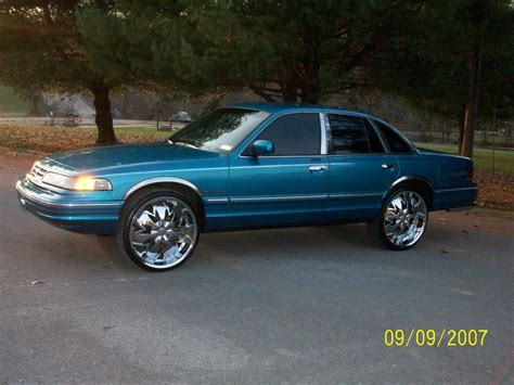 how to learn about cars 1995 ford crown victoria windshield wipe control micoquinn24 1995 ford crown victoria specs photos modification info at cardomain