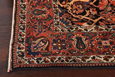 bakhtiari rug prices a bakhtiari carpet at 1stdibs