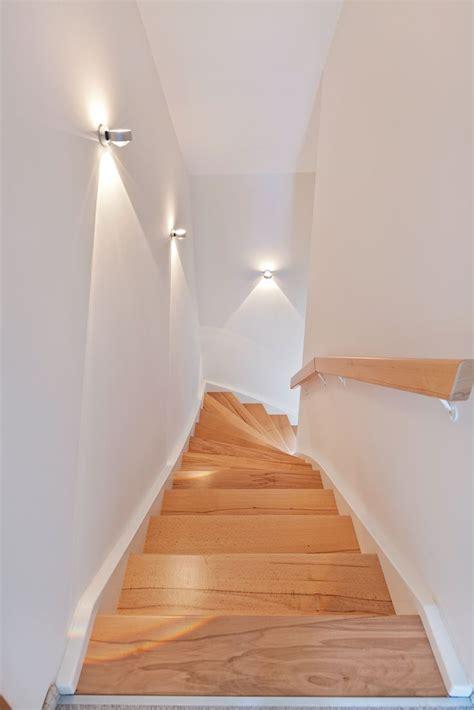 wandbeleuchtung treppe nat 252 rliche treppenstufen mit dezenter beleuchtung der