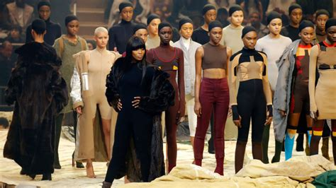 Square Garden Kanye West by I Was An In Kanye West S Fashion Show And It Was