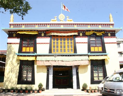Buku Dalai Lama Berlanjut Ke Penggugahan biara phelgyeling dorje shugden dan dalai lama menyebarkan dharma bersama