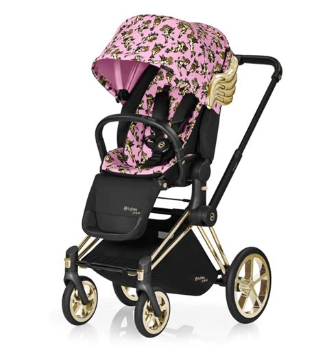 mindy kaling stroller the 15 baby products kate middleton and other famous moms