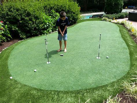 raleigh backyard putting green installation