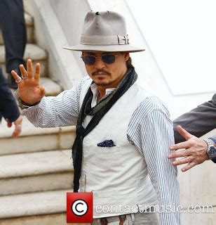 biography johnny depp video all about hollywood stars johnny depp profile and pics