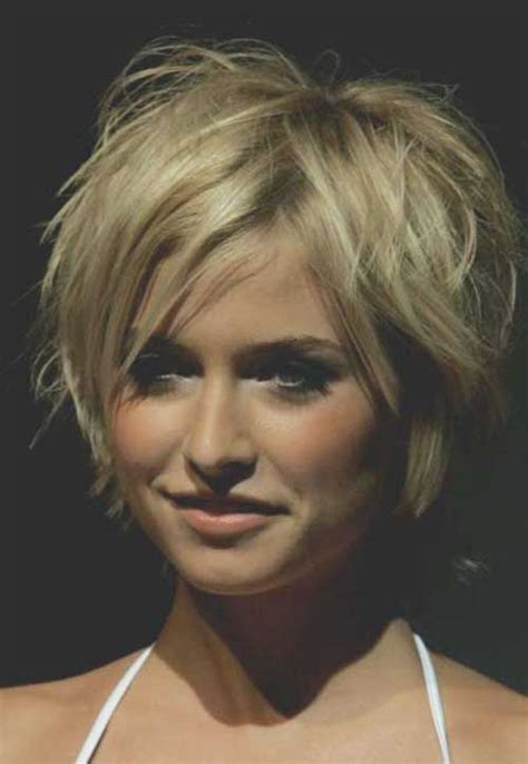short blonde layered haircut pictures short pixie layered haircuts hairs picture gallery