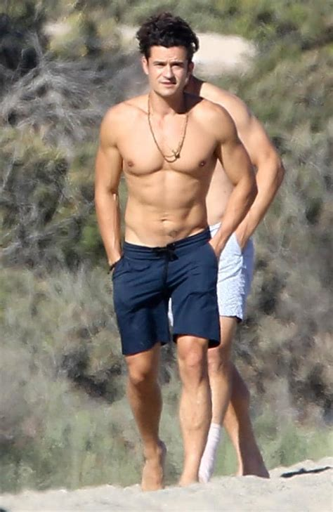 Orlando Bloom Does Details Is Wired The Entertainment orlando bloom shows seriously toned bod while