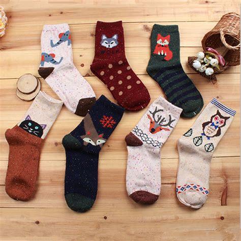Kaos Kaki Panjang Motif Owl kaos kaki wanita 1 pair motif owl multi color