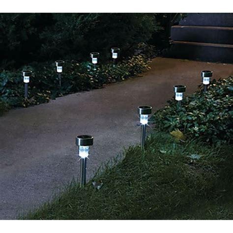 illuminazione solare da giardino lade giardino illuminazione giardino