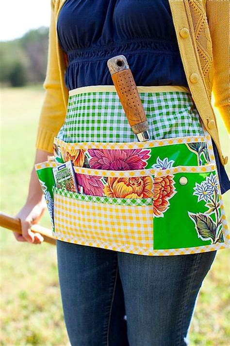 free pattern garden apron oilcloth for garden apron pattern from sewing with