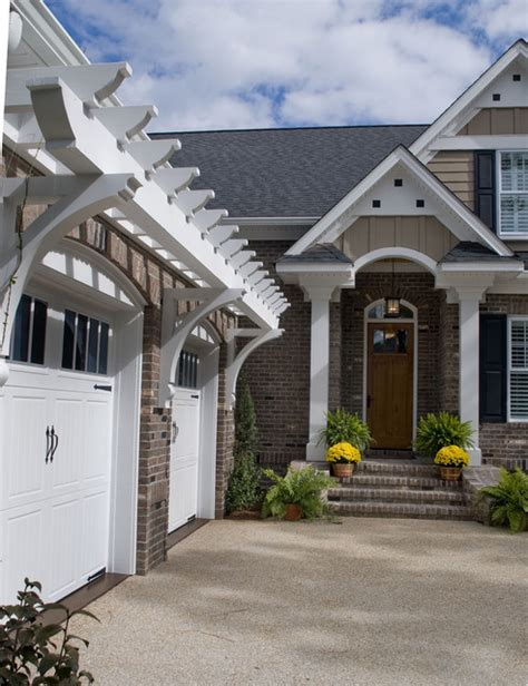 front door pergola add some curb appeal to your front porch 尋找風の終點
