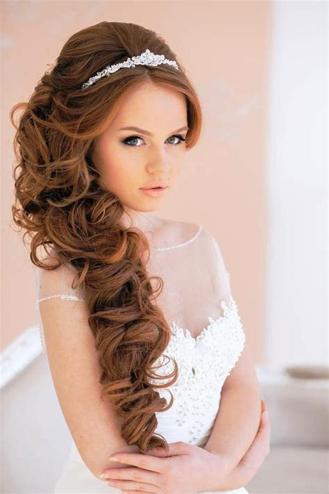 Curly Wedding Hairstyles by Different Style Wedding Tiara Designs For Brides