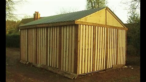 pallet shed   built    cheap shed