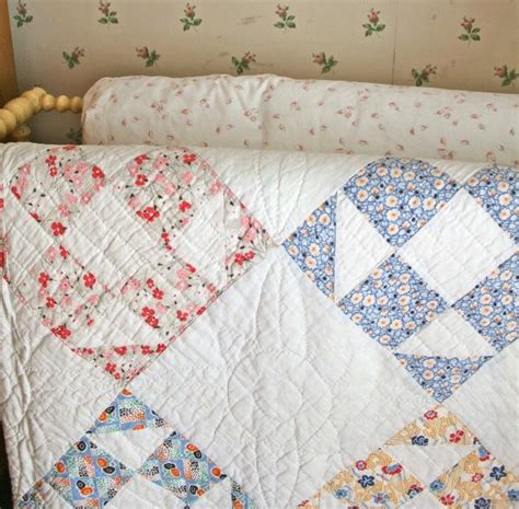 Quilting Fashion by Best 25 Vintage Quilts Ideas On Vintage