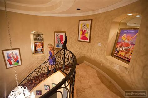 Disney Inspired Home Decor by Photos Check Out Holly Madison S Amazing Disney Homes