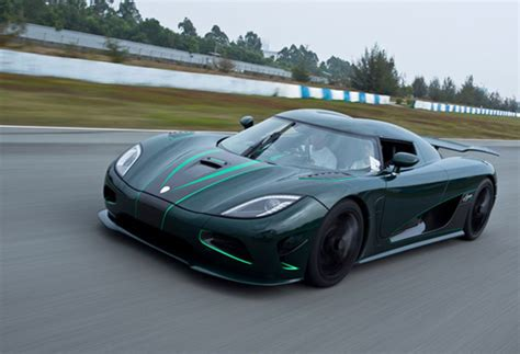newest koenigsegg koenigsegg introduces new agera s autoevolution
