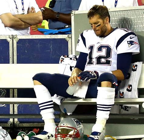 tom brady bench press brady snubs garoppolo after touchdown drive profootballtalk