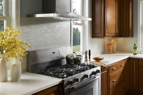 make the kitchen backsplash more beautiful fresh glass tile backsplash ideas for small kitchen 2263