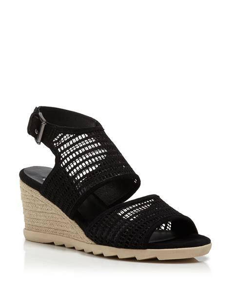 bloomingdales s shoes bloomingdales womens sneakers 28 images bloomingdales