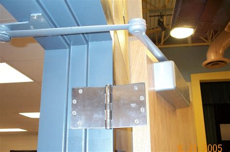 wide swing door hinges i dig hardware 187 another opening with wide throw hinges