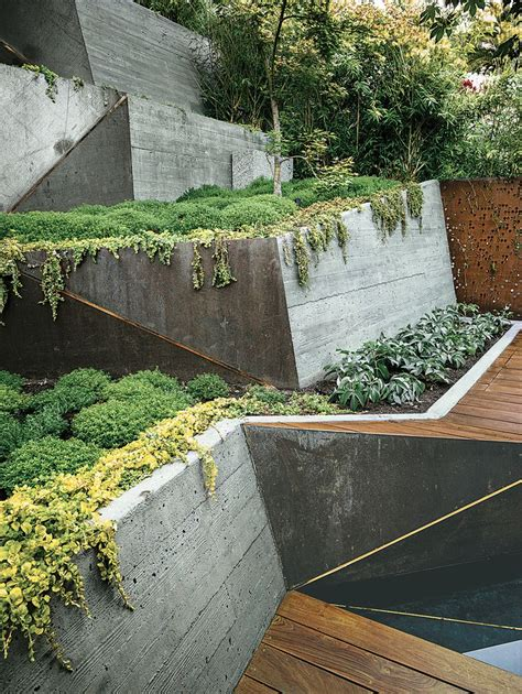 best 20 concrete retaining walls ideas on pinterest retaining wall design sleeper wall and
