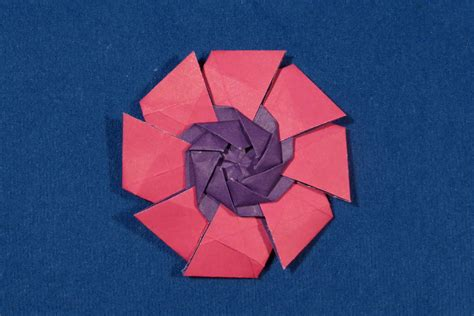 Origami Pinwheels - pinwheel with color change by michaå kosmulski â crease
