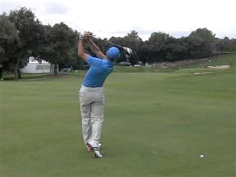 sergio garcia swing slow motion sergio garcia golf swing driver off the ground 17th