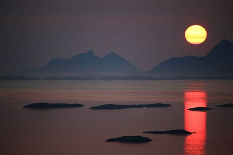 Midnight Sun midnight sun timelapse in bod 248