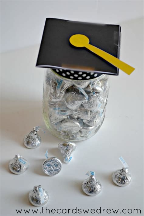 Graduation Gift Card Ideas - mason jar graduation hat gift idea and free print the cards we drew