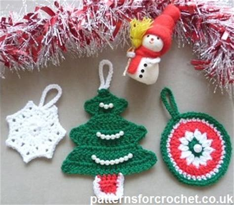 free crochet pattern christmas tree decorations uk