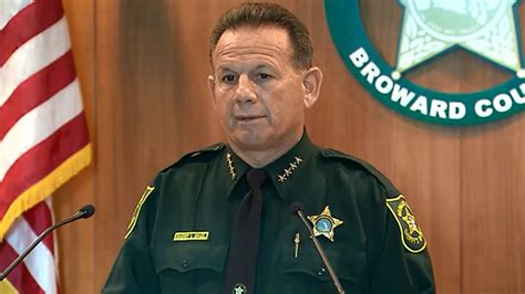 Broward Sheriff Search Broward Sheriff Of Course I Won T Resign Kvia