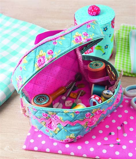 Patchwork Gifts - sewing box 183 extract from simple patchwork gifts by
