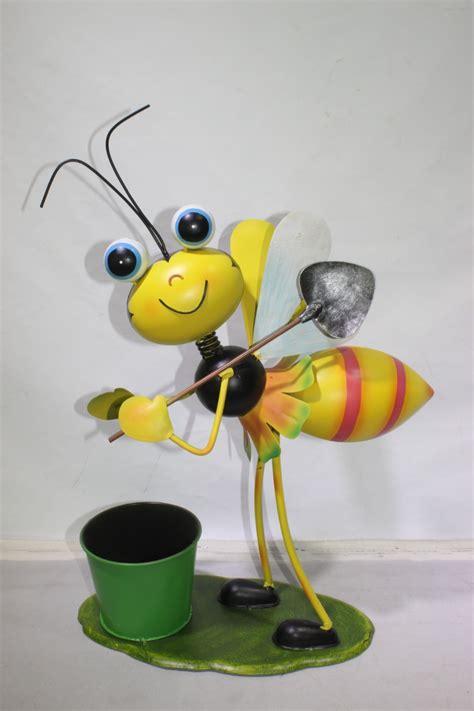Flower Pot Ornament metal ornament bee flower pot flower planter garden
