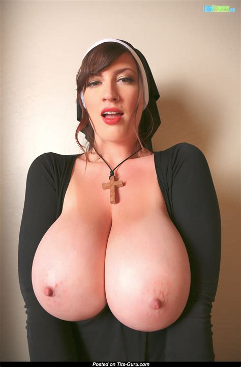 Lana Kendrick sexy Nude Brunette With huge Natural Tittys And big Nipples Pic 1509469582756