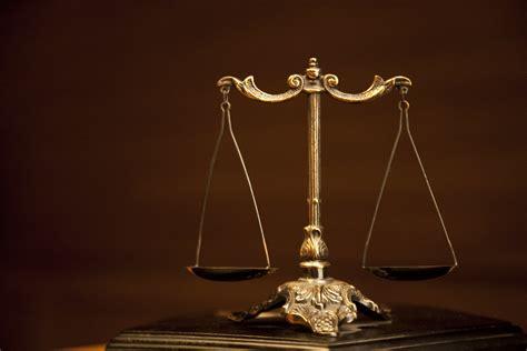 Timbangan Yg Kecil hukum perjodohan ala siti nurbaya