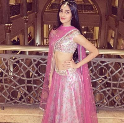 ananya pandey measurements height weight bra size age affairs