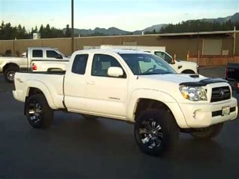 sold 2007 toyota tacoma ext cab trd sport 4x4 white art