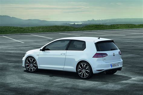 gti volkswagen volkswagen cars news mk7 golf gti uk pricing