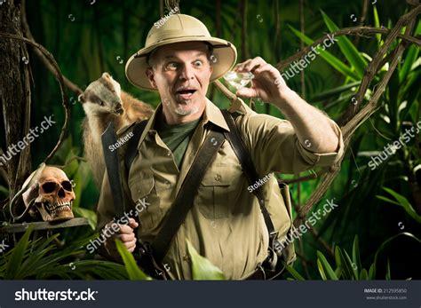 1431702064 on safari a young explorer s jungle explorer gallery