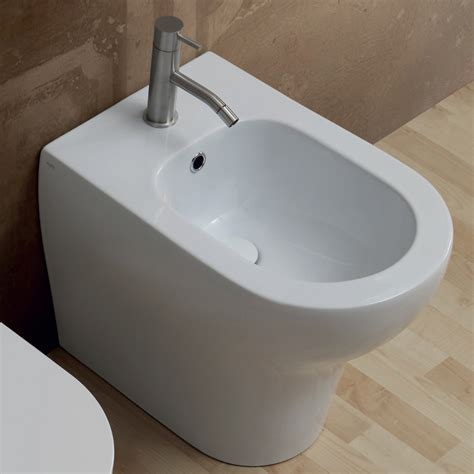 bidet italy modern design white ceramic bidet 54x35 cm made in italy