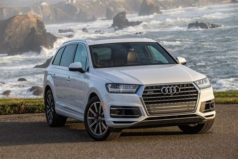 audi jeep 2017 2017 audi q7 aces crash test earns top safety pick award
