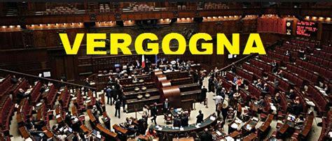 stipendi in italia stipendi vergognosi per i politici 122 ogni