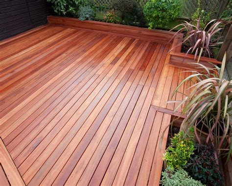 why you should opt for hardwood decking decorifusta