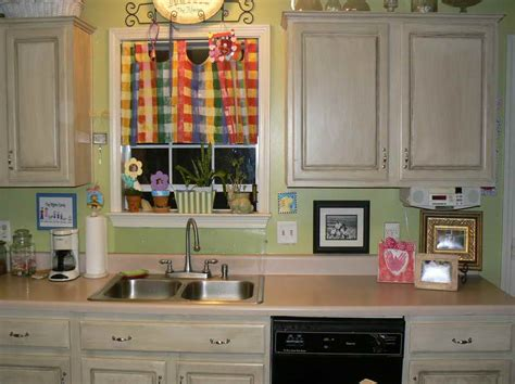 colors to paint kitchen cabinets pictures kitchen colors to paint your kitchen cabinets with plain