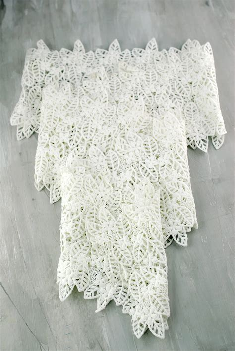 Ivory Lace Table Runner by Table Runner Lace Ivory 96in