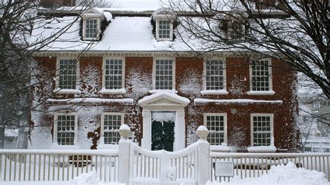 How To Winterize A House by 10 Home Hacks To Prepare Your House For Winter