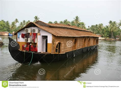 kerala boat house pictures house boat kerala stock photos image 9756203
